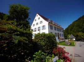 Hotel Hofgut Sternen - Wohnen in Kunst und Kultur