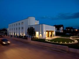 Hotel Napoleon, Cherasco