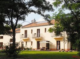 Kreativhotel Cellino, Prieros