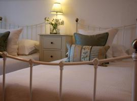 Onefifty, Cowes
