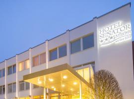 Hotel Senator Marina, Wedel