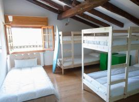 Moana Surf Hostel, Sopelana