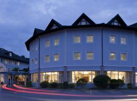 Hotel Paradies, Gradec