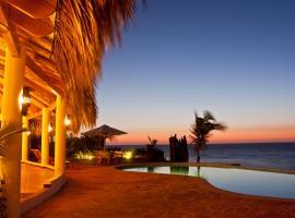 Yemaya Boutique Hotel, Canoas De Punta Sal