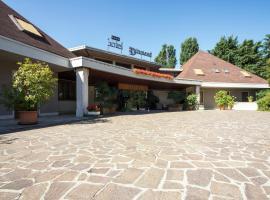 Hotel I Diamanti, Garlasco