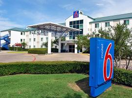 Motel 6 Dallas Fort Worth Airport North