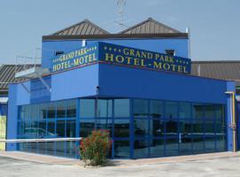 Grand Park Hotel Motel, Pjačenca