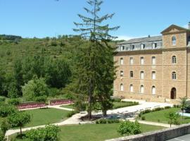 Hôtellerie 2** du Couvent de Malet, Saint-Côme-d'Olt