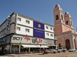 De la Plaza Hotel