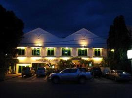 Taman Sari Hotel, Serang