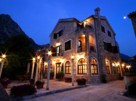 Vila Panonija, Kotor