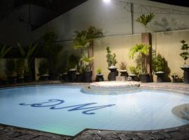 DM Residente Villas, Anchelesas
