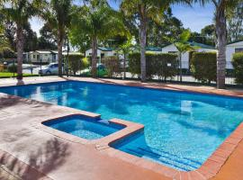 Frankston Holiday Park and Sandhurst Motel, Carrum Downs