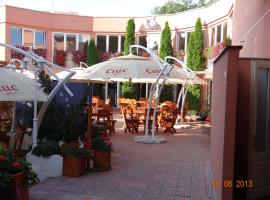Hotel Sugas, Sfântu-Gheorghe