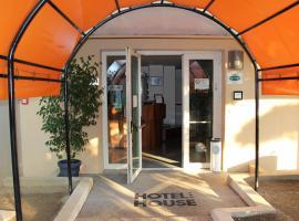 Hotel House, Castenaso