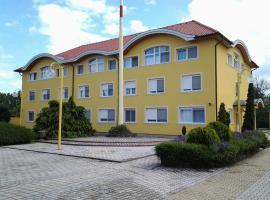 Leier Business Hotel, Gönyű