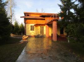 Cottage v Zelenoy Roshche, Petelino