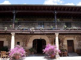 Casa Velarde, Viérnoles