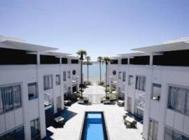 The Waterfront Suites - Heritage Collection
