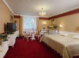Hotel Ostrov, Nymburk