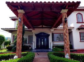 Dumas Villa, Panama City