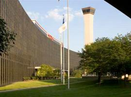 Hilton Chicago O'Hare Airport, Rosemont