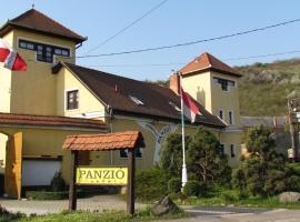 Torkolat Panzió, Tokaj