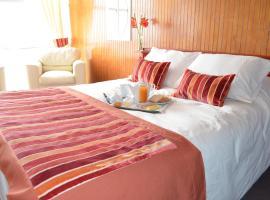Hotel Saint Denis, Tomé