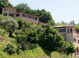 Borgo Riccio, Torchiara