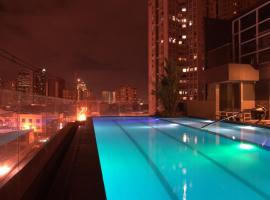 Jade Hotel and Suites, Manilla