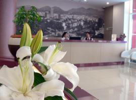 Sky 2 Hotel, Tirana
