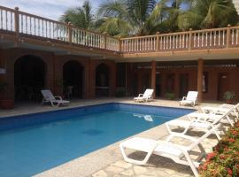 Suite Hotel Romanos, Playas