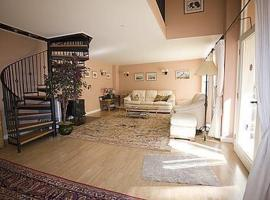 Cherry Tree Cottage, Bovey Tracey