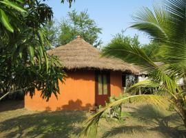 Barbara's Highlife Village, Bortianor