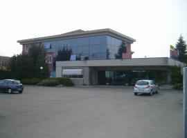 Art & Hotel Treviolo, Treviolo