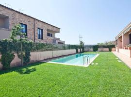 Parlava House with Shared Swimming Pool, Parlavà