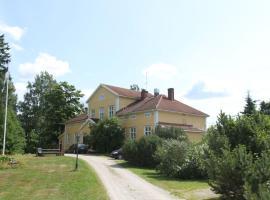 Lylyinen Manor