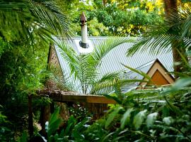 Witches Falls Cottages, North Tamborine