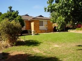Hendersons Houses, Wagga Wagga
