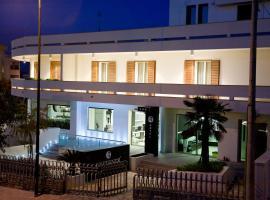 Hotel Naitendi, Cutrofiano