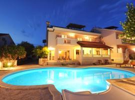 Apartments Villa Marnii, Kožino