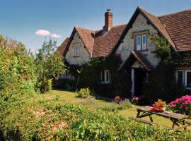 Dove Cottage Bed and Breakfast, Calne