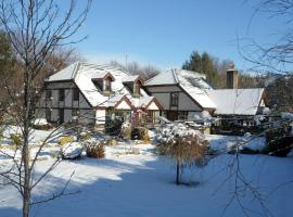 Tudor Lodge B&B, Laragh