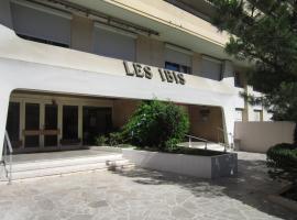 Les Ibis, Toulon