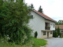 Rooms & Apartment Paola, Slunj