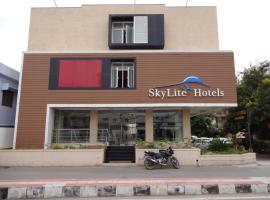 HOTEL SKY LITE