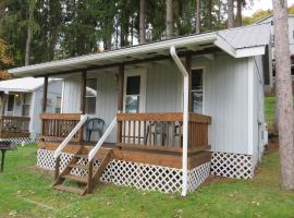 Bayside Inn & Marina- One Bedroom Cottage E, Cooperstown