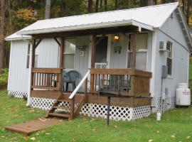 Bayside Inn & Marina - Two Bedroom Cottage F, Cooperstown