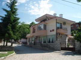 Family Hotel Mania, Kalofer