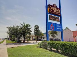 Motel 6 Laredo North, Laredo